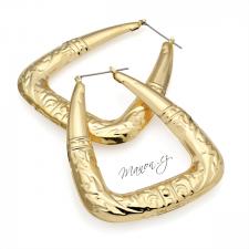 Náušnice velké hranaté kruhy s 3D reliéfem - zlatá barva