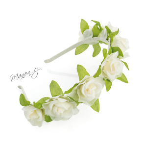 http://manon.cz/7467-thickbox_default/veneckova-celenka-z-umelych-kvetu-kvety-kremove-barvy.jpg
