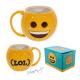 Emoji hrnek smajlík žlutý s úsměvem a nápisem LOL